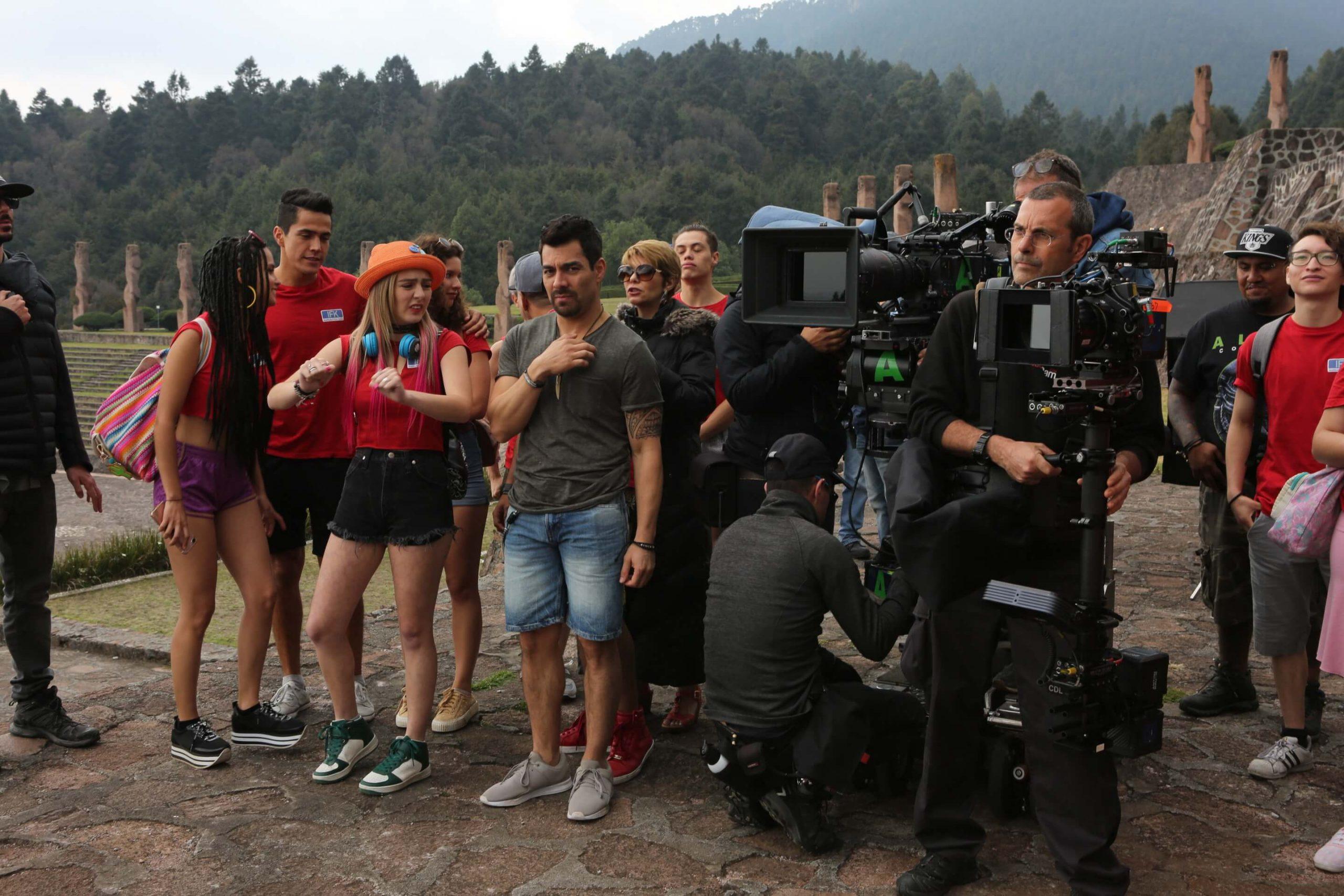 mc_studios-casa_productora_de_cine_peliculas-inicio_camara_filmacion-nosotros-galeria-no_manches_frida_2_foto_13